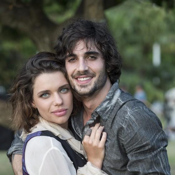 Fiuk fará par com Bruna Linzmeyer em A força do querer, mas relação ficará abalada depois que ele conhecer Ritinha (Ísis Valverde) (Foto: TV Globo/ Estevam Avellar)