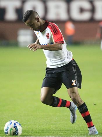 Jorge, Joinville x Flamengo (Foto: Carlos Jr / Agência Estado)