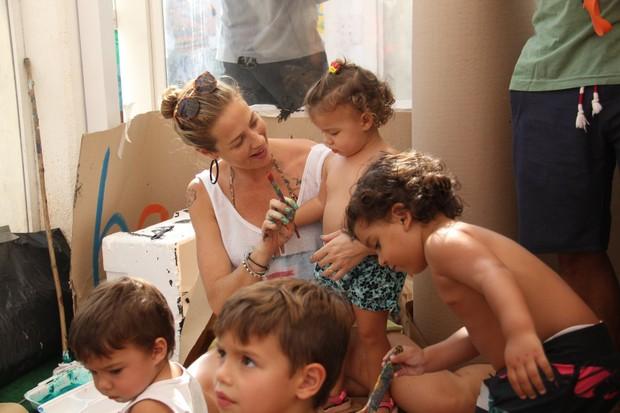 Luana Piovani e filhos (Foto: Wallace Barbosa/AgNews)