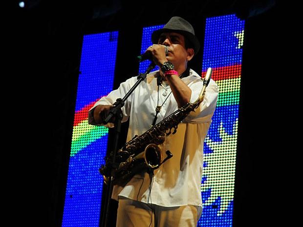 Show da Spok Frevo Orquestra, em Boa Viagem (Foto: Adriana Noya / G1)
