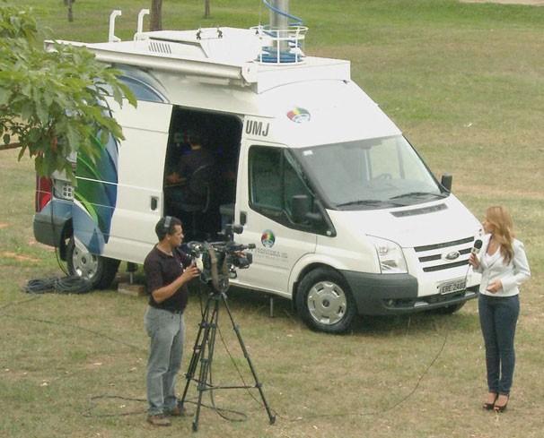Unidade Móvel de Jornalismo da TV Fronteira (Foto: Reprodução/TV Fronteira)