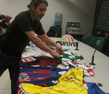 camisas espanhóis Chapecoense (Foto: Divulgação)