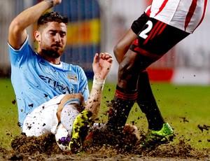 Javi Garcia jogo Manchester City e Sunderland (Foto: Reuters)