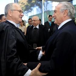 Ministro Luiz Edson Fachin  e Michel Temer, presidente da República (Foto: Fellipe Sampaio / SCO / STF)