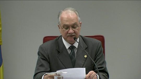 Fachin diz que não se pode 'demonizar a política' e que não há crise institucional no país