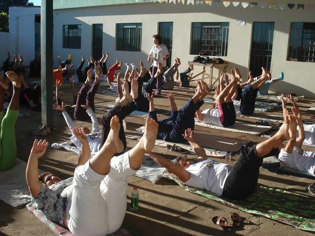 Unibótica reúne diariamente moradores do Bairro Quintino (Foto: G1/G1)