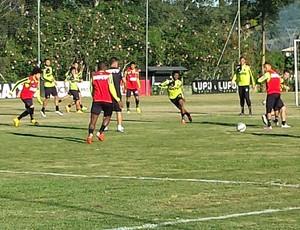 Jogadores do Atlético-MG treinam em Florianópolis (Foto: Léo Simonini/ GloboEsporte.com)