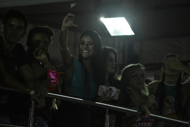 Munik aissite ao show de Wesley Safadão (Foto: Felipe Souto Maior/Agnews)