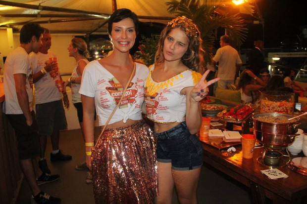 Camila Rodrigues e Isabela Santoni (Foto: CLEOMIR TAVARES / DIVULGAÇÃO)