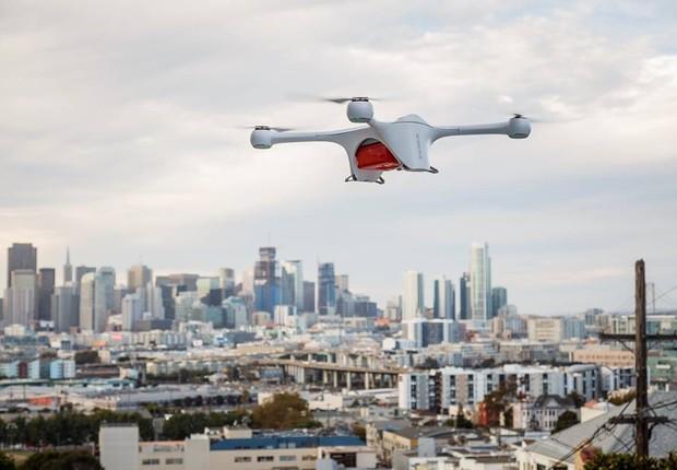 Drone, desenvolvido pela empresa Matternet, que faz entregas de medicamento na Suíça (Foto: Reprodução/Facebook)