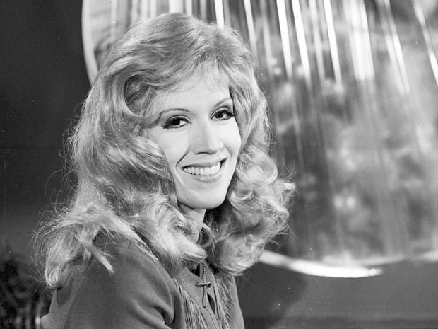 Yoná Magalhães na novela 'Uma Rosa com Amor', de 1972 (Foto: Cedoc/TV Globo)