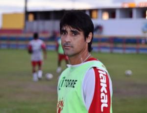 Petrolina diz que time não poderá repetir erros (Foto: João Áquila/GLOBOESPORTE.COM)