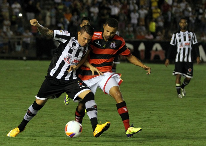 Botafogo-PB x Campinense (Foto: Francisco França / Jonal da Paraíba)