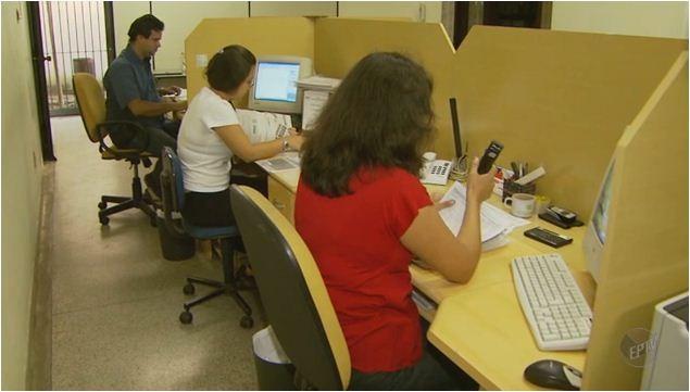 Pesquisa aponta que é bom tomar cuidado ao tocar em certos assuntos no trabalho (Foto: Reprodução EPTV)