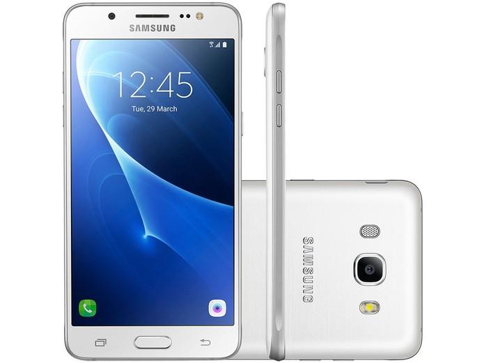 Galaxy J7 tem processador octa-core (Foto: Divulgação/Samsung)