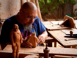 Exposição de artista cearense será na capela do Museu de Arte Moderna, em Salvador (Foto: Eduardo Ortega)