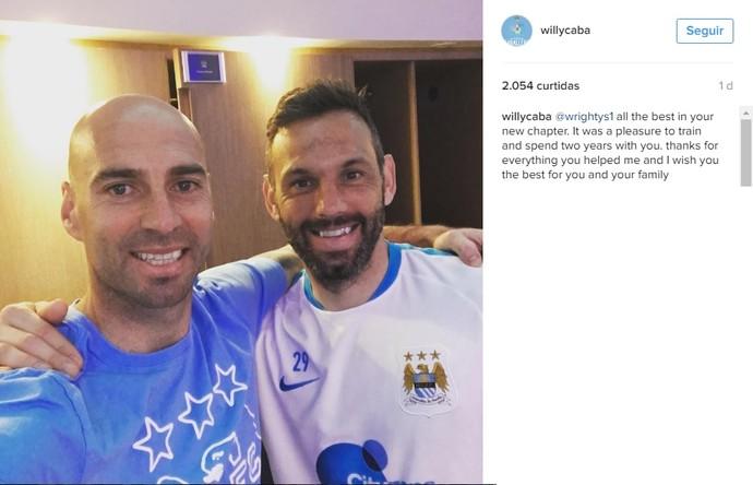 Willy Caballero homenageia colega Richard Wright, goleiro do City (Foto: Instagram)