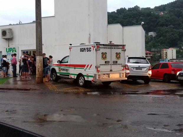 Jovem morreu antes de dar entrada em UPA, segundo PM (Foto: Portal Éder Luiz/Divulgação)