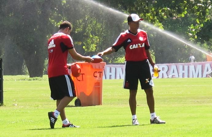 Flamengo treino Jayme (Foto: Thales Soares)