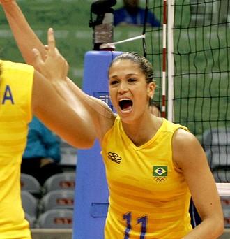 Érika Coimbra na Seleção de vôlei (Foto: AFP)