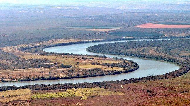 Trecho do rio São Francisco entre os municípios de Ponto Chique e Pirapora (Foto: Wikipédia)