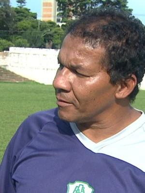 Silva Rossato, técnico da Francana na Copa São Paulo (Foto: César Tadeu / EPTV)