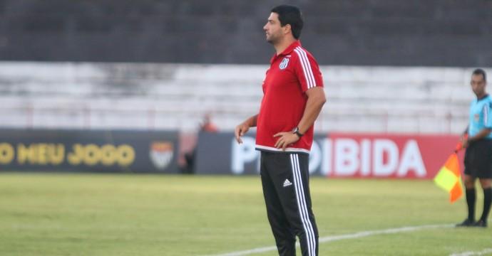 Felipe Moreira, técnico Ponte Preta (Foto: Rogério Moroti/ Agência Botafogo)