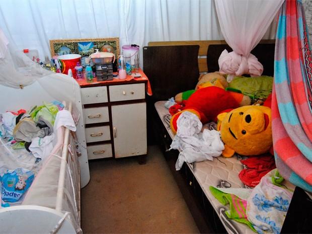 Criminosos reviraram os cômodos da casa em busca de dinheiro e objetos de valor (Foto: Cláudio Dantas/Digital Mipibu)