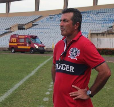 Paulo Moroni, treinador do Piauí (Foto: Abdias Bideh/GloboEsporte.com)