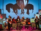Obra dos Beatles é revisitada em show de dança, música e circo