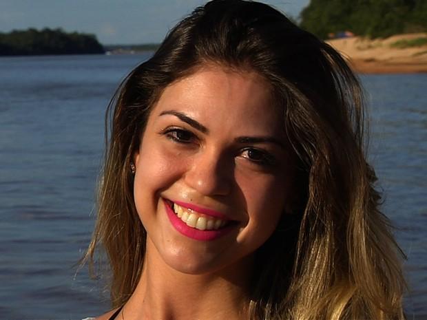 Fisioterapeuta Letícia Barbosa Leão, 27 anos, é uma das candidatas ao Musa Araguaia, em Goiás (Foto: Reprodução/TV Anhanguera)
