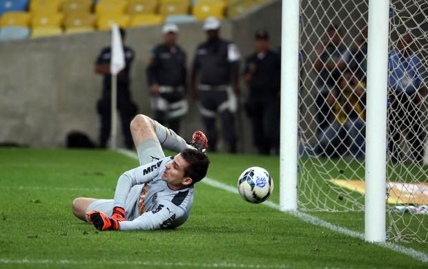 victor leonardo moura flamengo x atletico-mg (Foto: André Durão)
