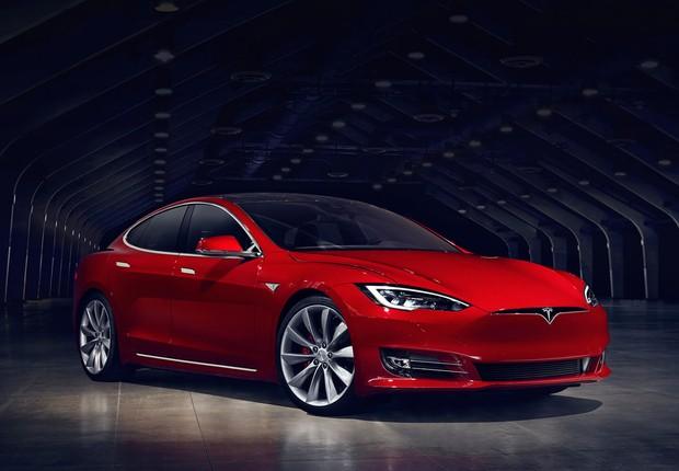 Um dos modelos de carro elétrico da Tesla (Foto: Divulgação)