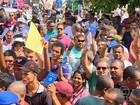 Multidão lota Centro do Cabo em busca de emprego em Suape