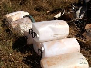 Cenipa analisa destroços de avião que caiu em fazenda de Rio Verde, Goiás (Foto: Reprodução/TV Anhanguera)