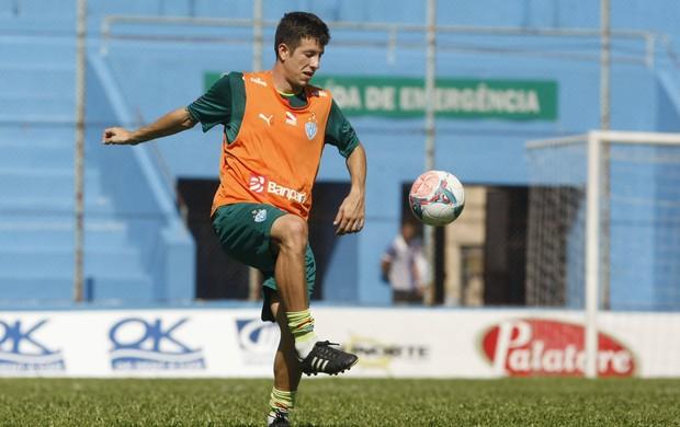 Apesar de elogiar Jean, Fábio Sanches elogiou o também zagueiro Raul (Foto: Marcelo Seabra/O Liberal)