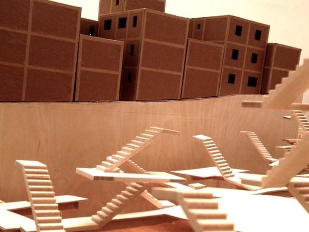 Mostra recupera todos as etapas do projeto Porto Seguro  (Foto: BBC)