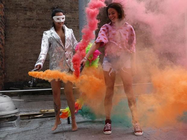 Bruna Marquezine e Bruna Moreira  (Foto: Reprodução)