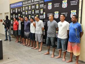 Suspeitos foram apresentados à imprensa nesta sexta-feira (28) (Foto: Diego Toledano/G1 AM)