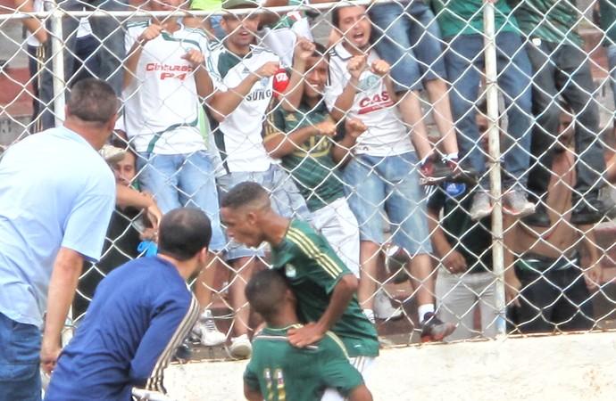 Gabriel Fernando comemora o gol decisivo na final do Paulistão (Foto: Rodrigo Faber)