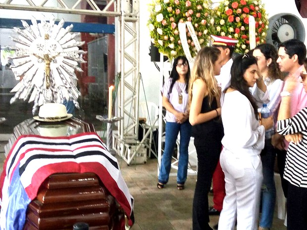 Corpo é velado na Casa do Maranhão, no Centro de São Luís (Foto: Danilo Quixaba/Mirante AM)