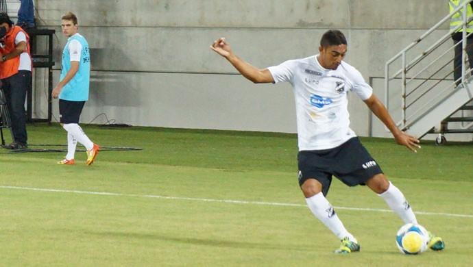 Lúcio Curió, atacante do ABC (Foto: Augusto Gomes)