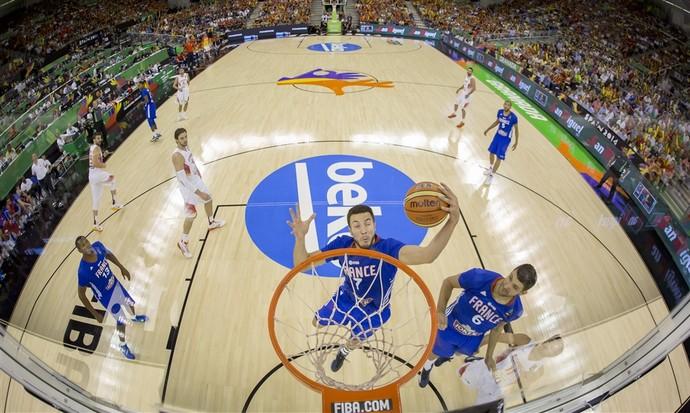 França e Espanha também reeditarão o confronto da primeira fase nas quartas de final (Foto: Divulgação/FIBA)