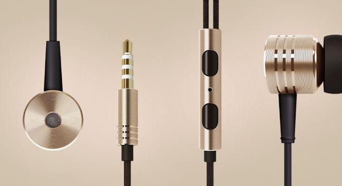 Com metal dourado para evitar oxidação, estes fones de ouvido possuem fios de Kevlar, bastante resistentes (Foto: Divulgação)