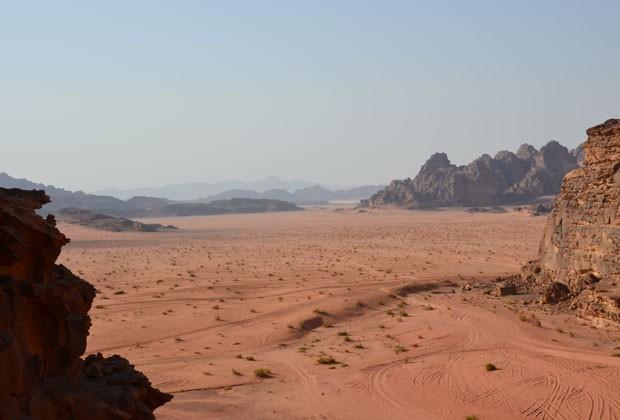 Vista panorâmica do deserto de Wadi Rum (Foto: Juliana Cardilli/G1)