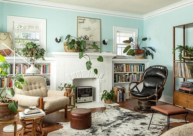 Décor do dia: sala de estar com verde menta e texturas naturais (Foto: JACLYN CAMPANARO/DIVULGAÇÃO)
