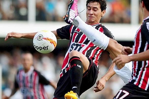 Ganso em partida do São Paulo contra o Santos na Vila Belmiro (Foto: Marcos Ribolli / Globoesporte.com)
