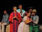 Grupo de teatro de PE faz 'vaquinha' para participar de festival em Curitiba
