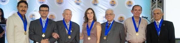 Lar Torres de Melo homenageia Universidade de Fortaleza (Lar Torres de Melo homenageia universidade por ações de responsabilidade social (editar título))
