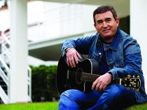 Cantor Amado Batista (Foto: Divulgação/Assessoria )